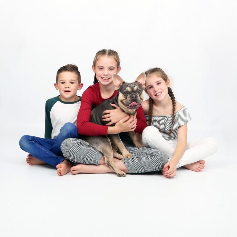 family photoshoot dog
